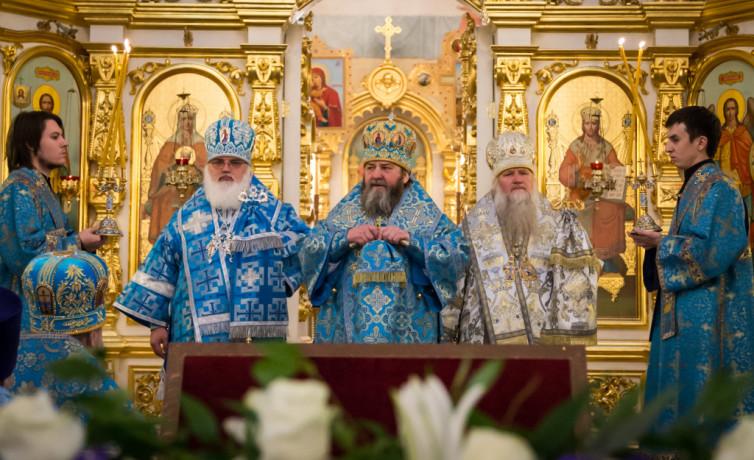 Торжества в честь 15-летия Казанско-Богородицкого храма